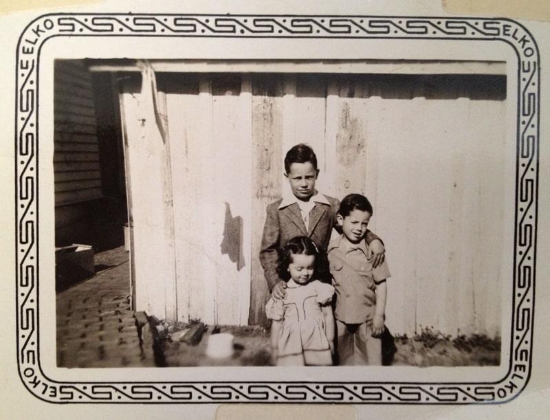 Harold Joe Waldrum, Whitt Waldrum, and little Linda Waldrum
